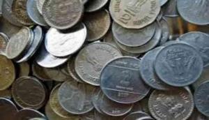 चुनाव में नामांकन के लिए जमा किये 1 रुपये के 10 हजार सिक्के, गिनने में अधिकारियों के छूटे पसीने