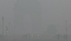 Dense fog in Delhi hits flight, train services
