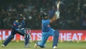 रोहित के एक छक्के ने बदल दिया क्रिकेट का ये इतिहास
