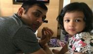 VIDEO: क्यूट अंदाज़ मे धोनी की बेटी जीवा बोली, 'वी विश यू मेरी क्रिसमस'