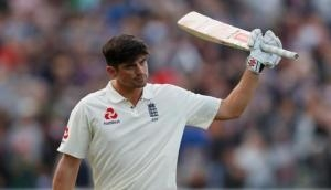 Former Australian Cricketer Border hails 'stunning' Cook as he equals his record