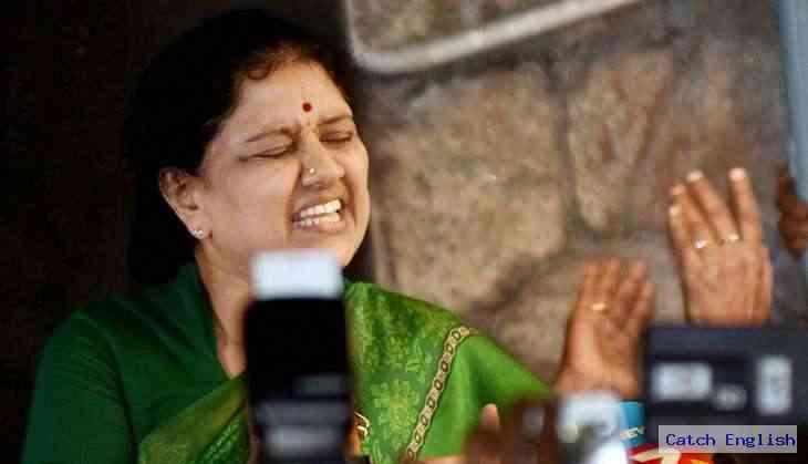 TN political crisis: All eyes on Supreme Court as Sasikala DA case verdict today