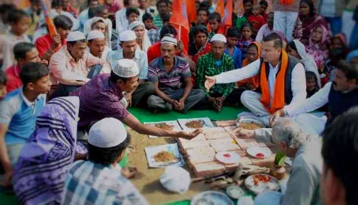 VHP to intensify gharwapsi campaign. It says Hindus are in danger