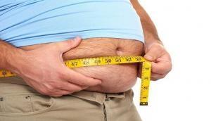 बढ़ते मोटापे को गलती से भी ना करें नजरअंदाज, इन बीमारियों से हो सकती है मौत