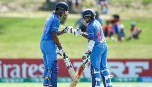 अंडर-19 वर्ल्डकप: भारतीय टीम की जोरदार शुरुआत, ऑस्ट्रेलिया को दिया 329 रनों का लक्ष्य