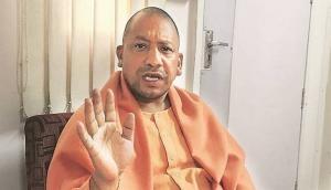 छत्तीसगढ़ चुनाव 2018: BJP के स्टार प्रचारक बन पहुंचे CM योगी ने सोनिया गांधी पर साधा निशाना