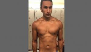 'पद्मावत' के बाद रणवीर सिंह की ऐसी हो गई है हालत, फोटो वायरल