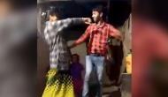 VIDEO: दुनिया के सबसे 'हैप्पी कपल' का रोमांटिक डांस सोशल मीडिया में हुआ वायरल