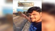 ट्रेन के आगे सेल्फी लेने की जिद ने शिवा का किया हाल-बेहाल, वीडियो वायरल