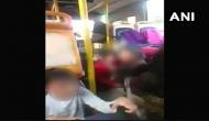 करणी सेना की गुंडागर्दी, स्कूल की बस में बैठे बच्चों पर किया पत्थर से हमला