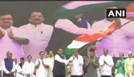 Fadnavis leads 'Tiranga Ekta Yatra' in Mumbai