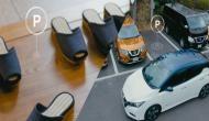 इस होटल में मिलती हैं सेल्फ ड्राइविंग कार की तकनीक से लैस 'सेल्फ पार्किंग चप्पलें'