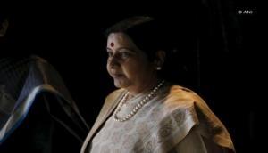 Sushma Swaraj to meet Oli first during Nepal visit