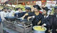 पीएम मोदी की रैली में छात्रों ने बेचे 'मोदी पकौड़े' और 'अमित शाह पकौड़े'