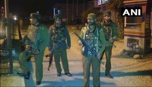 बौखलाए आतंकियों ने फिर किया पीठ पर वार, सेना के कैंप पर की अंधाधुंध फायरिंग, एक जवान शहीद