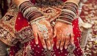 दारुल उलूम का फतवा- मुस्लिम महिलाओं का बाजार में जाकर चूड़ी पहनना गुनाह