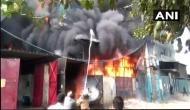 दिल्ली की दो जूता फैक्ट्रियों में लगी भयानक आग