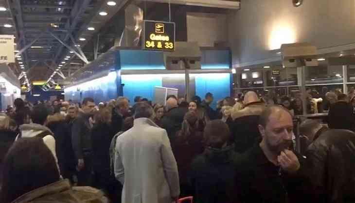 London City Airport shut after Second World War bomb found