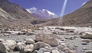 60 प्रतिशत हिमालयी जलधाराएं सूखने की कगार पर, नीति आयोग हुआ एक्टिव
