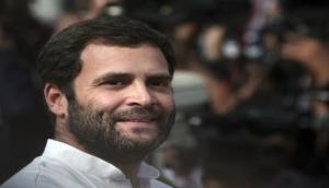राहुल गांधी ने 'कूड़ा उठाने वाले' के बेटे को दी बधाई, कहा आप लोगों के प्रेरणा का श्रोत बनेंगे