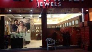 2 हजार के हीरे 50 लाख में बेचता था मेहुल चोकसी, हिमेश रेशमिया को भी ठगा