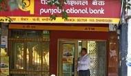 देश के सरकारी बैंकों को बड़ा झटका, घाटा तीन गुना बढ़कर हुआ 14,716 करोड़