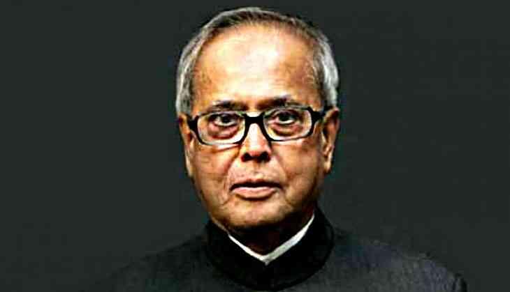 Citizen Pranab snubbing Prez Pranab shows failure of the President in rising for the Republic