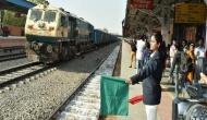 देश के इन पांच रेलवे स्टेशन को चलाती हैं सिर्फ महिलाएं, जानिए कौन-कौन से हैं नाम