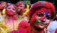 Happy Holi 2018: ऐसी जगह जहां सिर्फ महिलाएं खेलती हैं होली, हैरान करने वाली है वजह