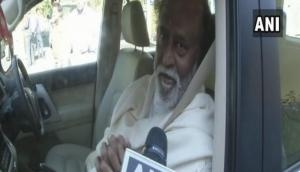 Rajinikanth refuses to talk politics on pilgrimage in Himachal