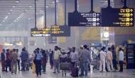 इंदिरा गांधी एयरपोर्ट पर करोड़ों रुपये के कीमती सामान छोड़ जाते हैं यात्री, ये है वजह