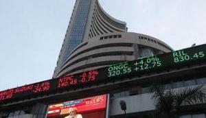 Closing Bell: Stocks in bear market; sensex closes at 572 weak points, Maruti Suzuki descends 5%
