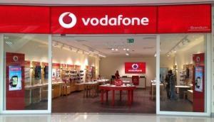 Vodafone अपने प्रीपेड ग्राहकों को इन प्लांस पर दे रहा 100 फीसदी Cashback