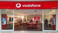 Vodafone के ग्राहकों के लिए बुरी खबर, एक अप्रैल से महंगा होगा इंटरनेट और कॉल रेट