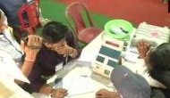 Bypolls: SP extends lead in UP's Gorakhpur