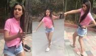 VIDEO: जब पंजाबी गाने पर सड़क पर झूमने लगीं हॉट निया शर्मा, जिसने देखा देखता रह गया