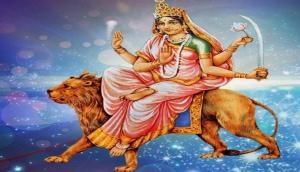 Chaitra Navratri 2018: नवरात्रि के तीसरे दिन करें मां चंद्रघंटा की आराधना, ऐसे करें पूजा-अर्चना