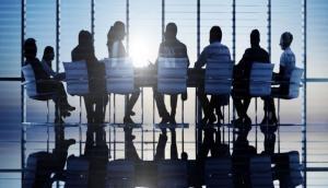 प्राइवेट सेक्टर के कर्मचारियों को मोदी सरकार का तोहफा, अब मिलेगी ये सुविधाएं
