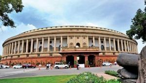 संसद भवन परिसर में तीन जिंदा कारतूस लेकर घुसा अख्तर खान नाम का युवक, पुलिस ने दबोचा