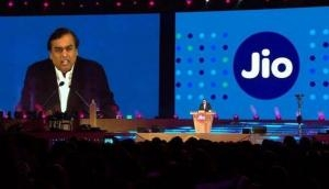 Reliance Jio started price war in postpaid plan, shares of Airtel and Idea fall down heavily