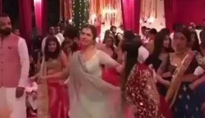 दोस्त की शादी में माहिरा खान ने लटके झटकों से लूटा 'यूपी-बिहार', वीडियो वायरल