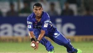 IPL 2020: बीसीसीआई प्रवीण तांबे को आईपीएल से कर सकती है बाहर