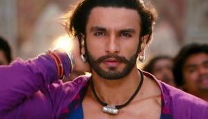 फिल्म 'सिंबा' का दूसरा लुक आया सामने, गुस्से में दिखे रणवीर