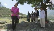 अरुणाचल में चीन की सीमा से लगे इस गांव के 12 परिवार ऐसे जी रहे हैं जिंदगी