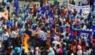 केंद्र सरकार ने सुप्रीम कोर्ट से कहा- SC/ST एक्ट पर फैसला वापस लें, बदलाव से कमजोर हुआ कानून