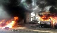 भारत बंद: प्रदर्शनकारियों ने पुलिस चौकी की आग के हवाले, गृह मंत्री ने की शांति की अपील