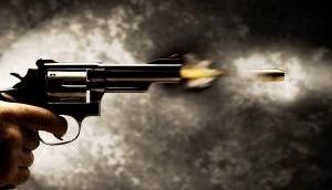 हवलदार ने बीवी-बच्चों को गोली मारकर खेली खून की होली