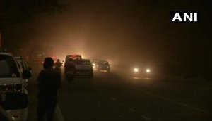 दिल्ली- NCR में आया धूल का बबंडर, चारों तरफ छाया अंधेरा