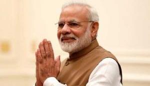 कश्मीर की मुस्लिम महिलाओं ने PM मोदी के लिए की दुआ, कहा- हर बार आए आपकी सरकार