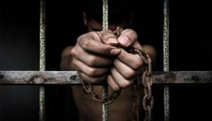 बिना अपराध 40 साल रखा जेल में, छूटने के बाद मुआवजे में मिली इतनी रकम जानकर रह जाएंगे हैरान